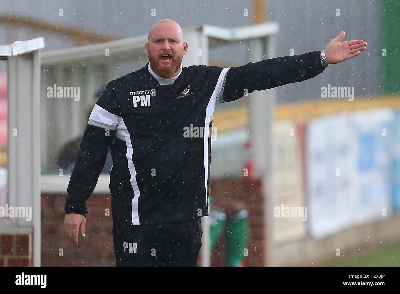 Romford manager Paul Martin during Romford vs Haringey Borough, Ryman League Divison 1 North Football at Ship Lane - Stock Image