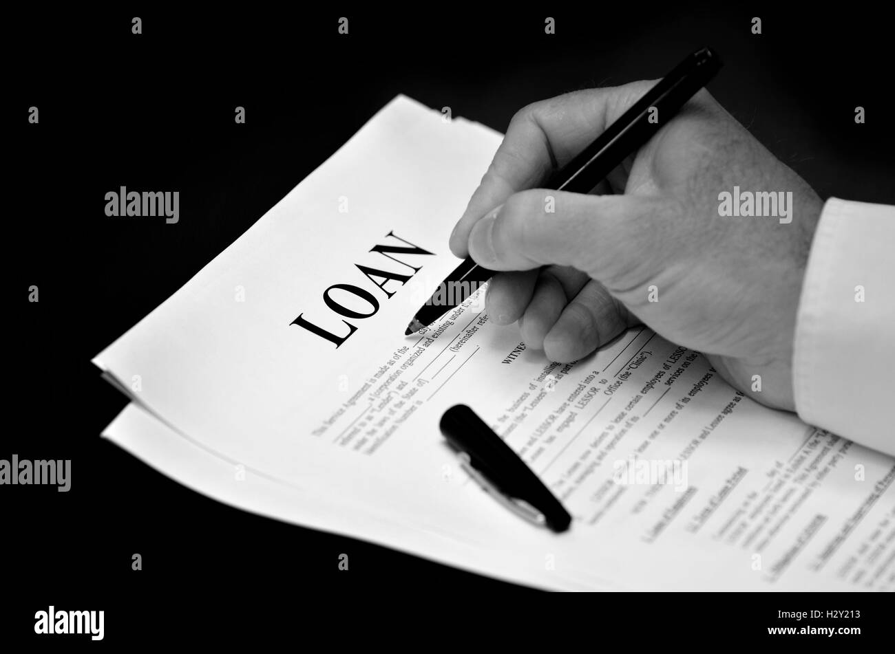 Signing Legal Document Black And White Stock Photos Images Alamy - Signing legal documents