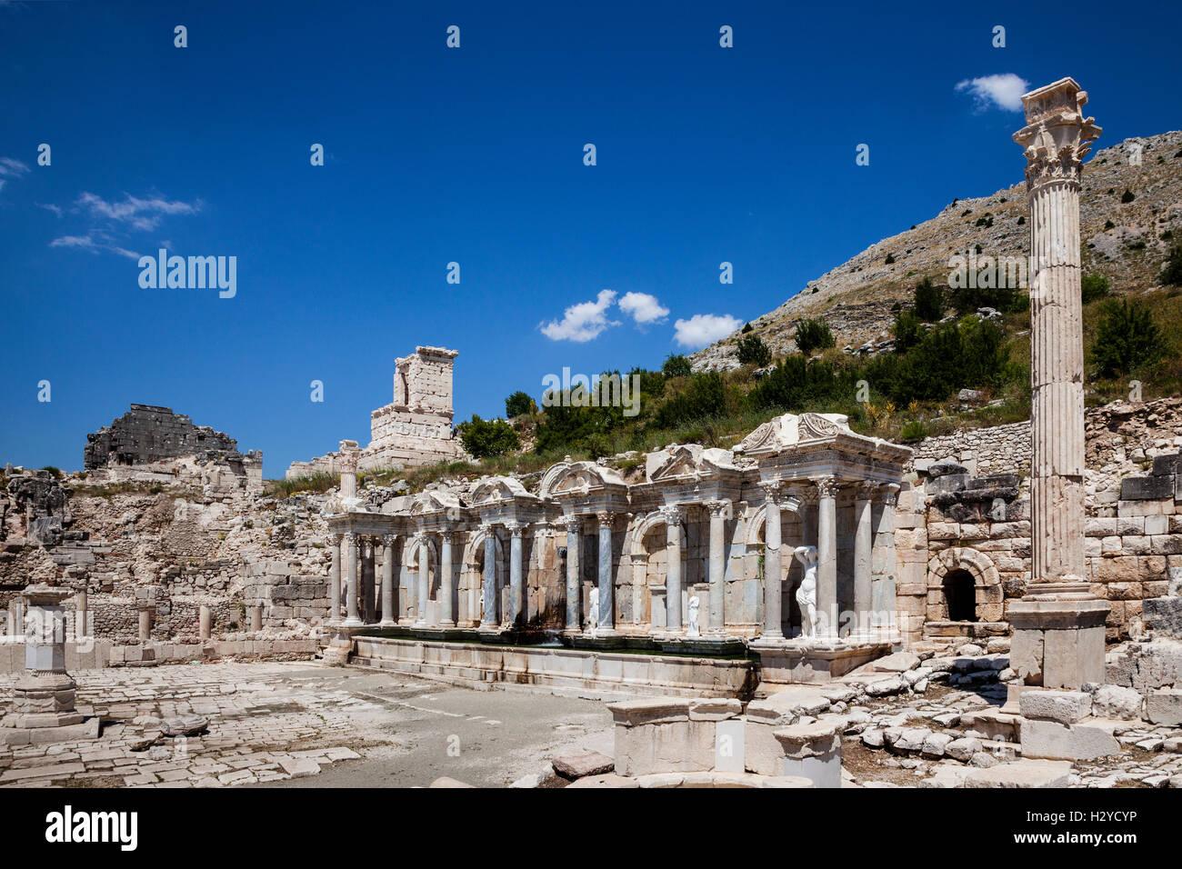 Antoninus Fountain of Sagalassos in Isparta, Turkey - Stock Image