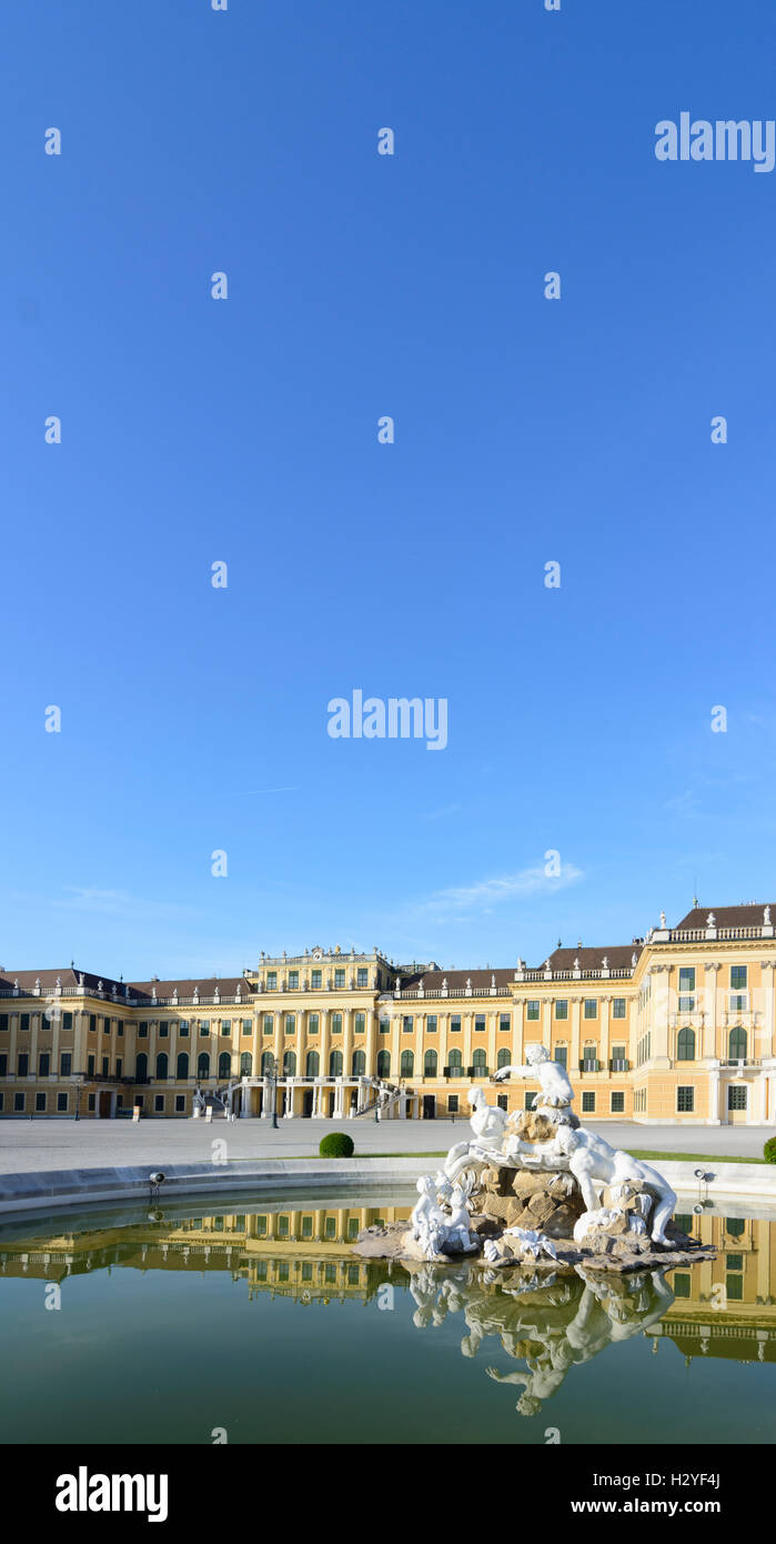 Wien, Vienna: palace chateau Schloss Schönbrunn, 13., Wien, Austria - Stock Image