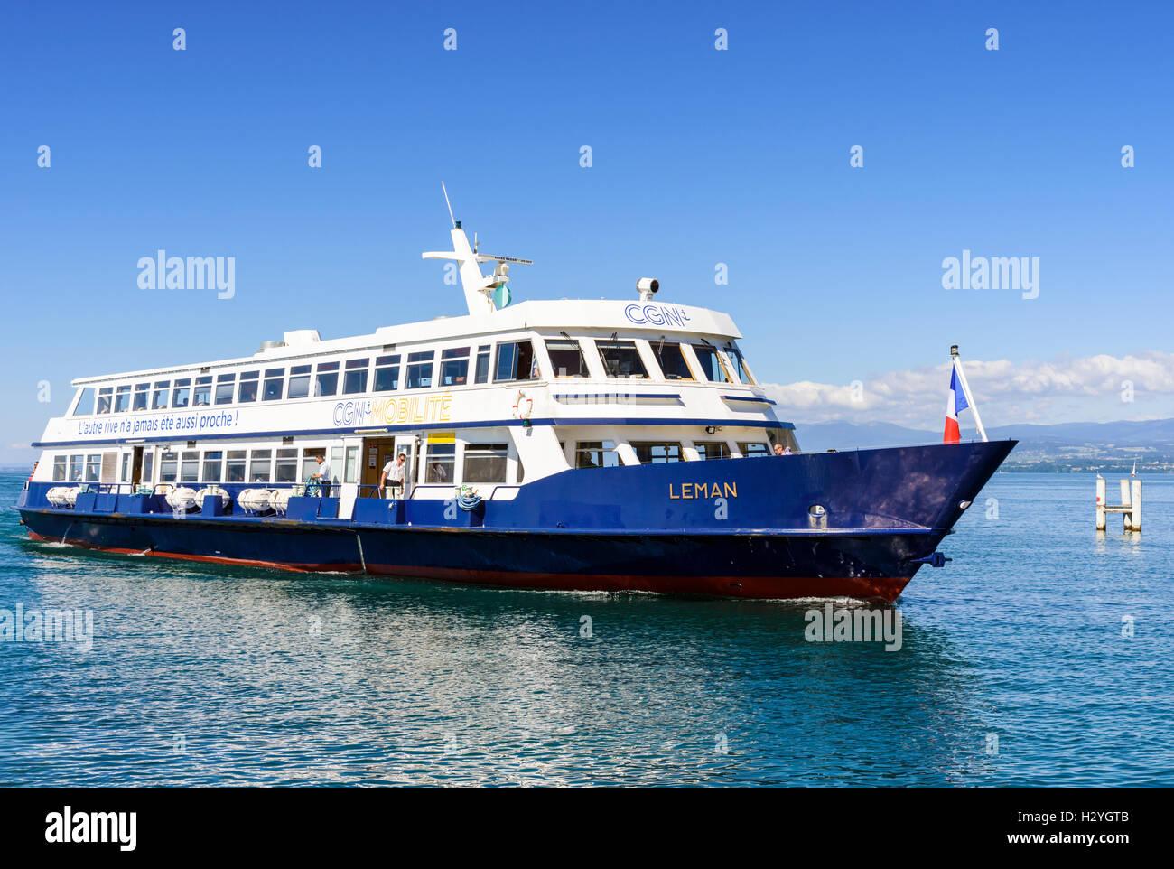 CGN Leman, a modern diesel passenger boat approaching Ouchy, Lausanne, Vaud, Switzerland Stock Photo