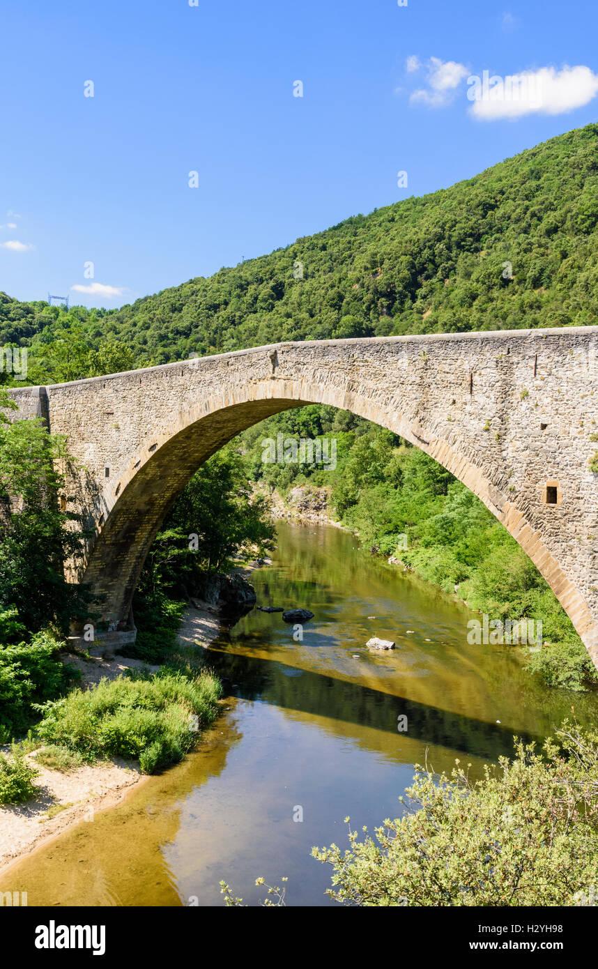 Pont Grand stone bridge across the Le Doux river, Tournon-sur-Rhône, Ardèche, France - Stock Image