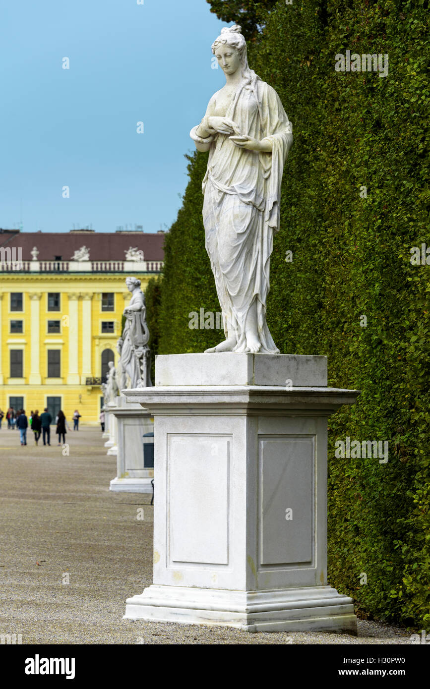 Garden statuary in the grounds of Schonbrunn palace. - Stock Image