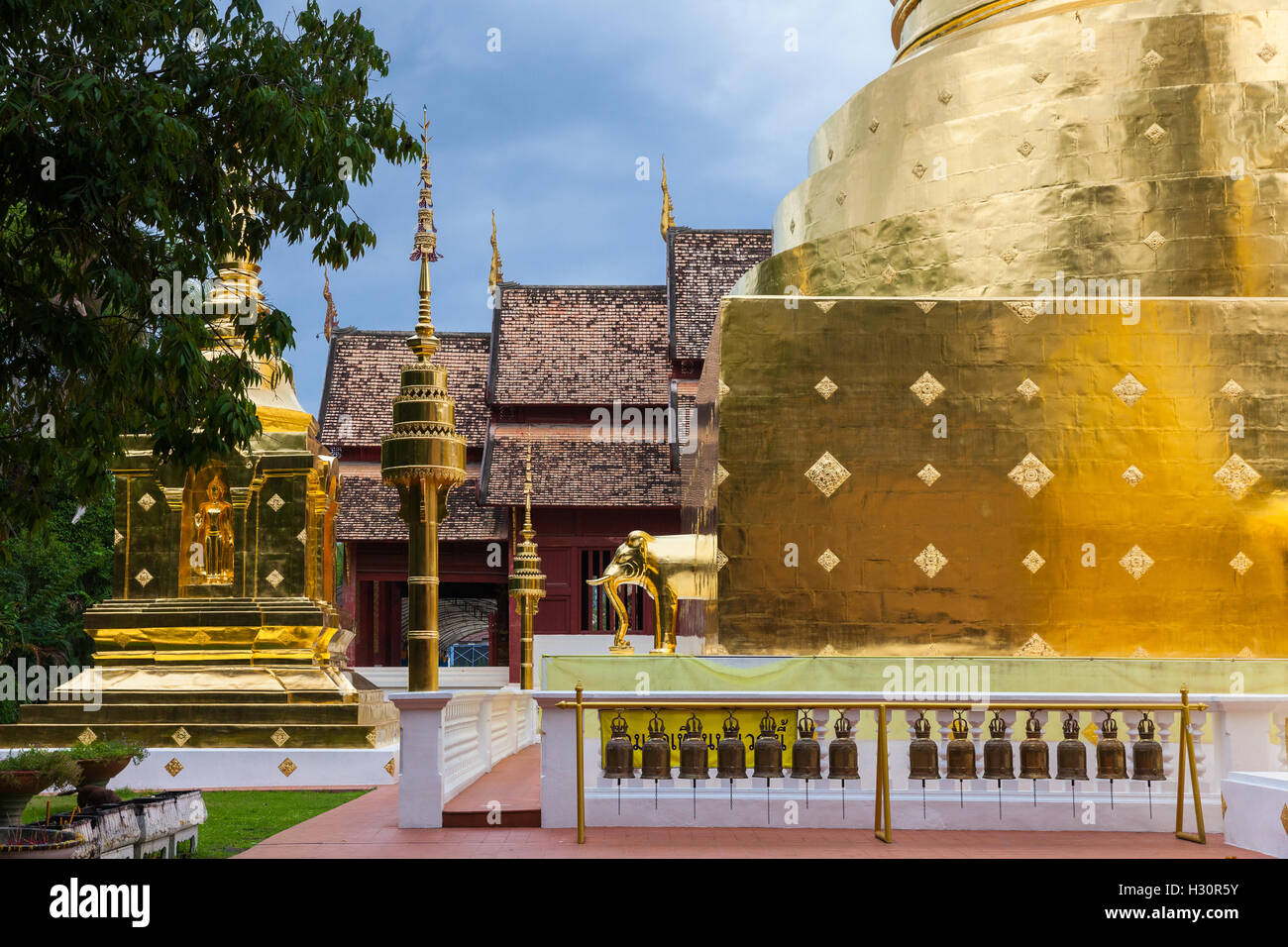 Dusk View of the Wat Phra Singh temple, the most revered temple in Chiang Mai, Thailand. - Stock Image