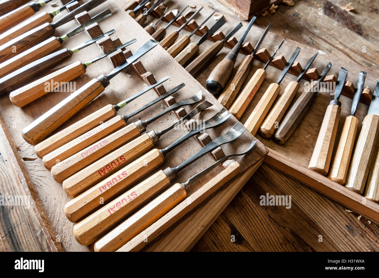 wood carving tools inside of a studio in pennsylvania H31WXA
