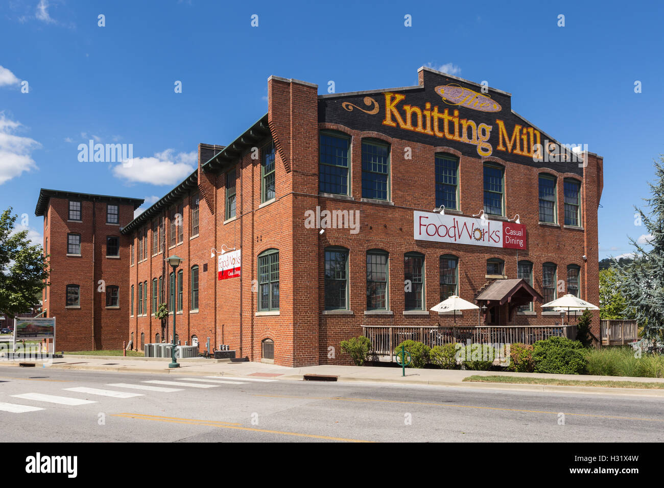 The Knitting Mill, a re-purposed textile mill on the North Shore in Chattanooga, Tennessee. - Stock Image