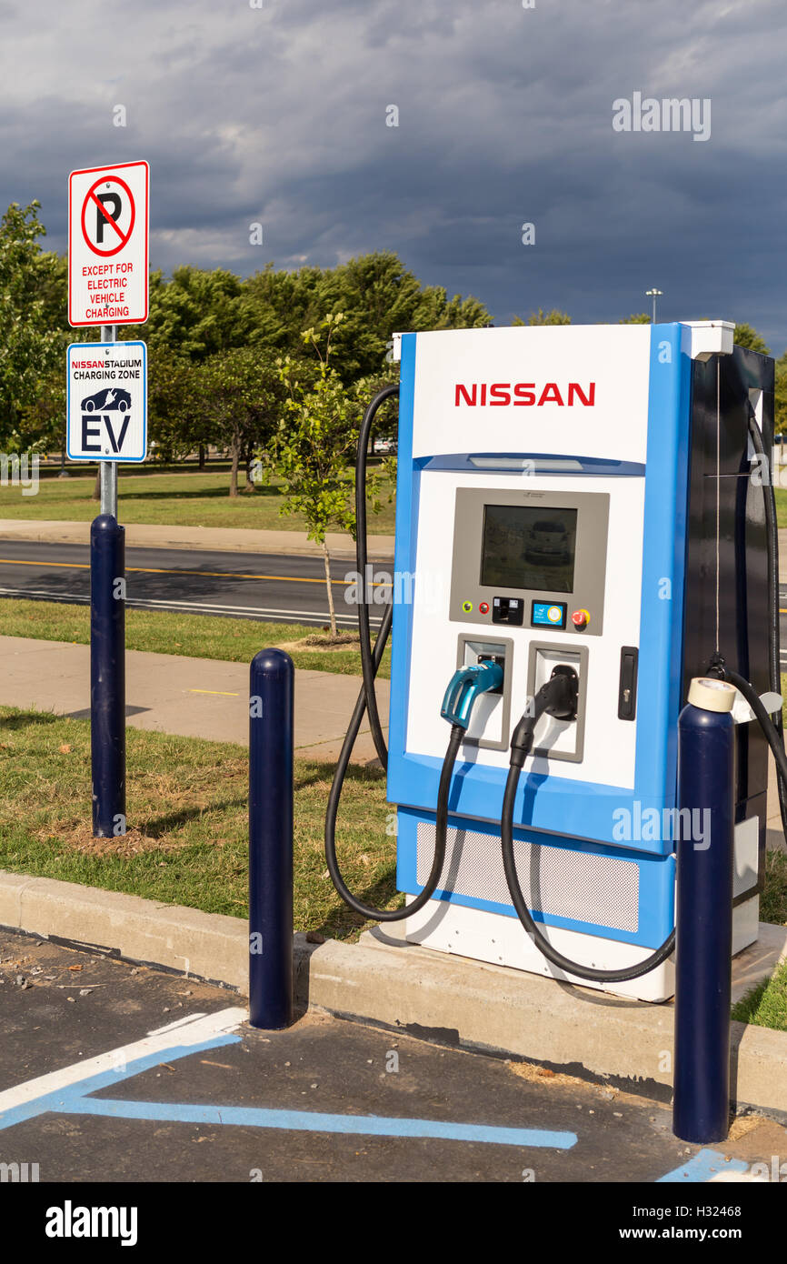 An nrg EVgo electric vehicle charging station in the Nissan