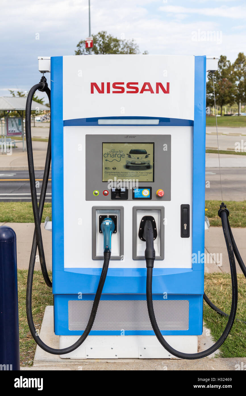 Evgo Charging Stations >> An Nrg Evgo Electric Vehicle Charging Station In The Nissan