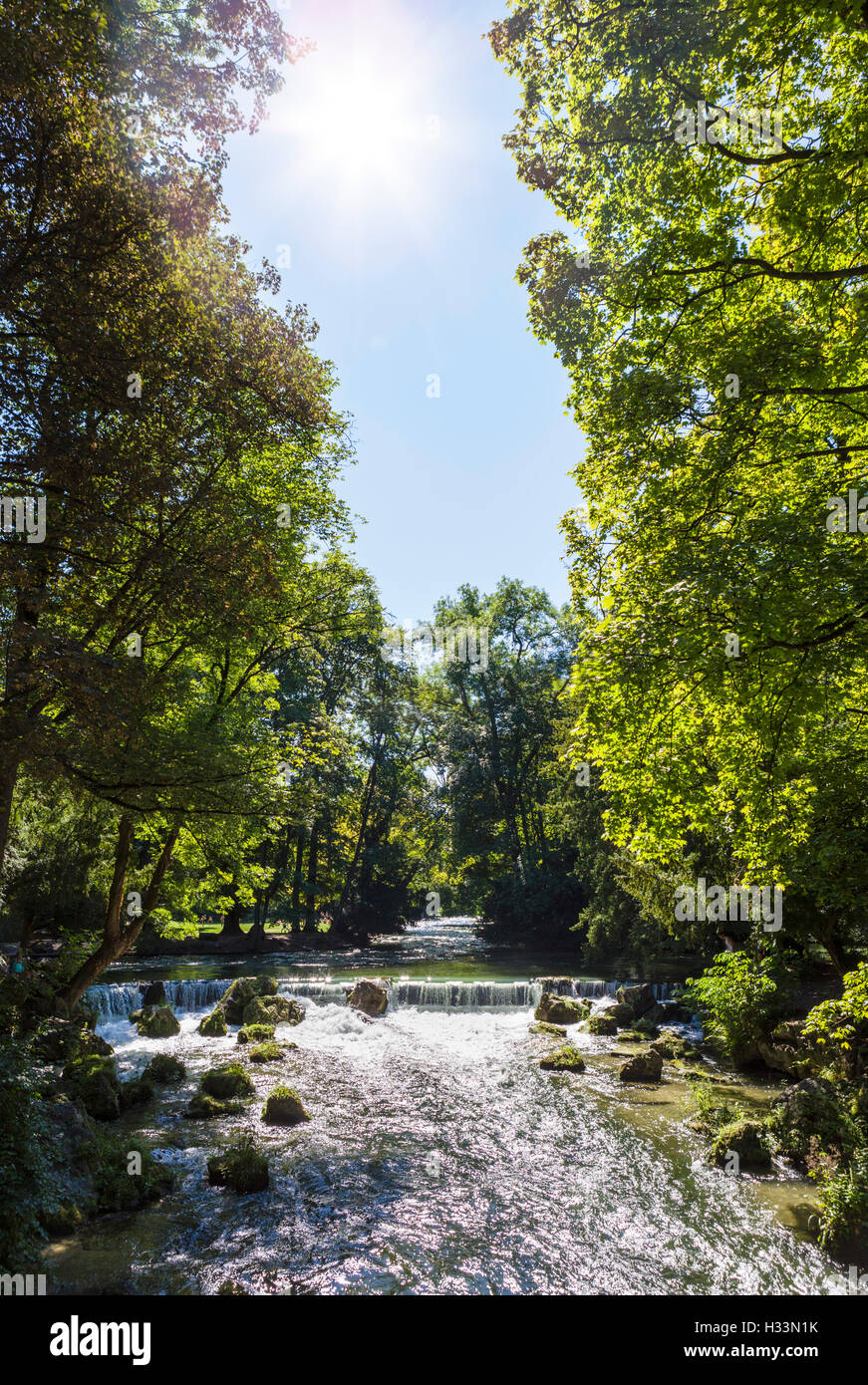 The Eisbach in the Englischer Garten, Munich, Bavaria, Germany - Stock Image