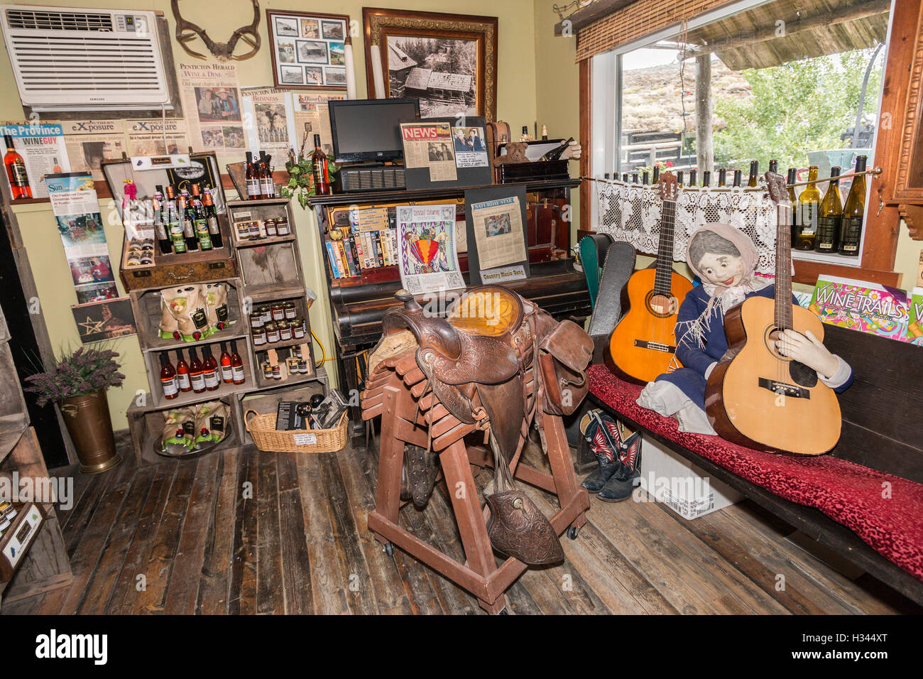 Eclectic collection of western kitsch at Rustico Farm & Cellars winery in Oliver, southern Okanagan Valley, - Stock Image