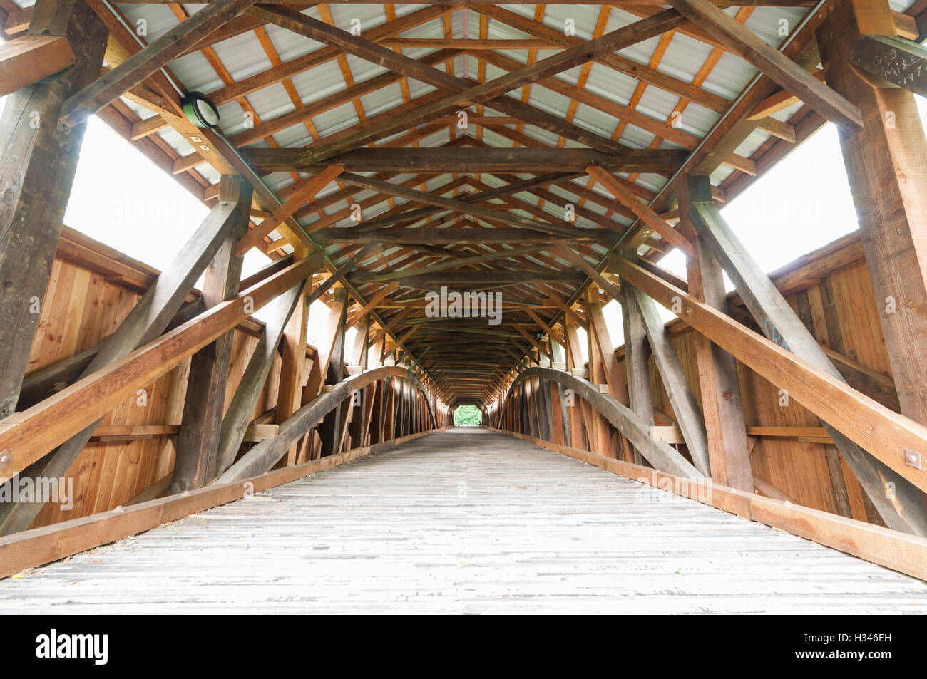 Roof Trusses Inside Stock Photos Amp Roof Trusses Inside