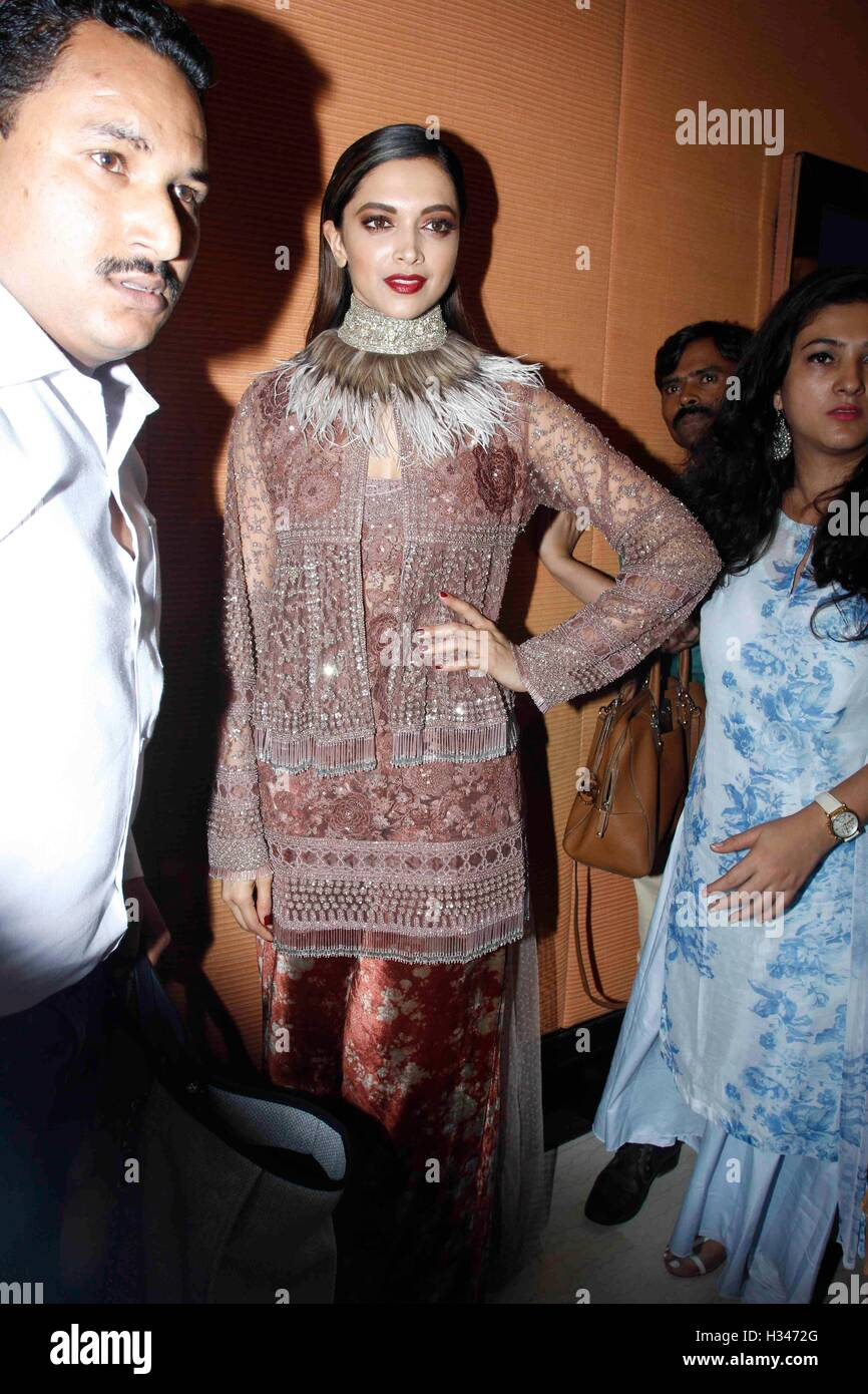 Bollywood actor Deepika Padukone arrives to attend the 44th Giants International Awards, in Mumbai, India - Stock Image