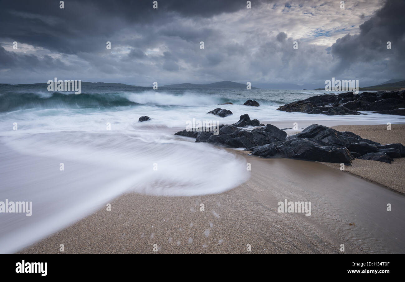 Ebbing tide at Bagh Steinigidh, Isle of Harris, Outer Hebrides, Western Isles, Scotland - Stock Image