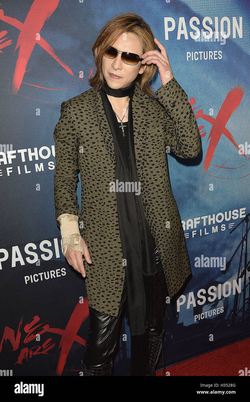 Los Angeles, California, USA. 3th October, 2016.  Yoshiki at the premiere of 'We Are X' at the TCL Chinese - Stock Image