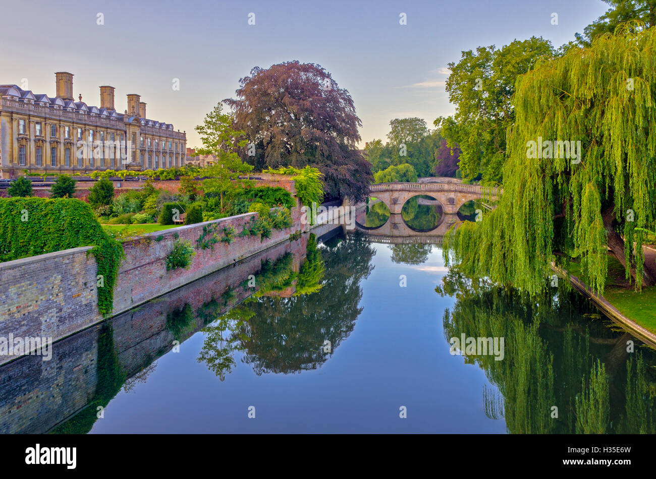 Clare and King's College Bridges over River Cam, The Backs, Cambridge, Cambridgeshire, England, UK - Stock Image