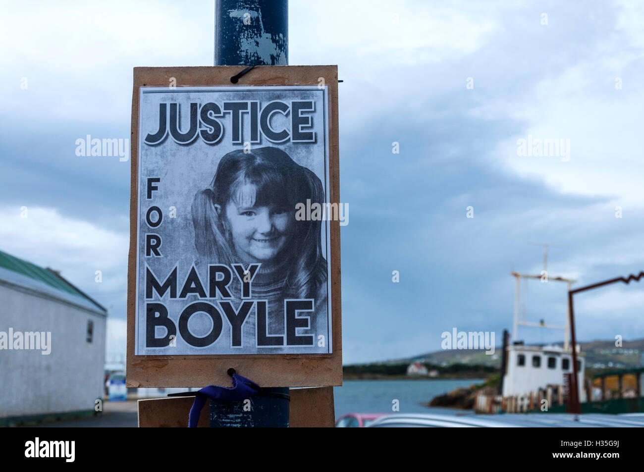 Poster proclaiming Justice for Mary Boyle the six year-old girl who disappeared from her grandparents' home - Stock Image