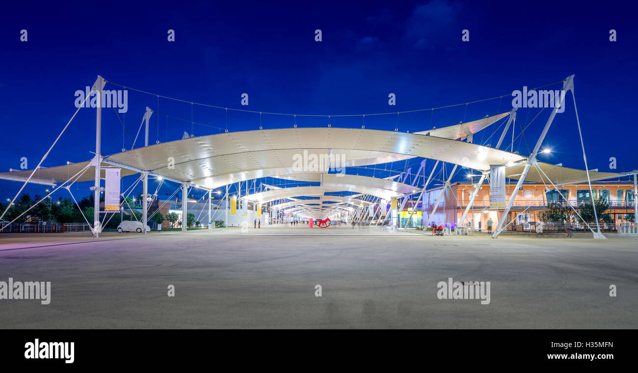 General view of Expo 2015 Milano Italy, Decumano. - Stock Image