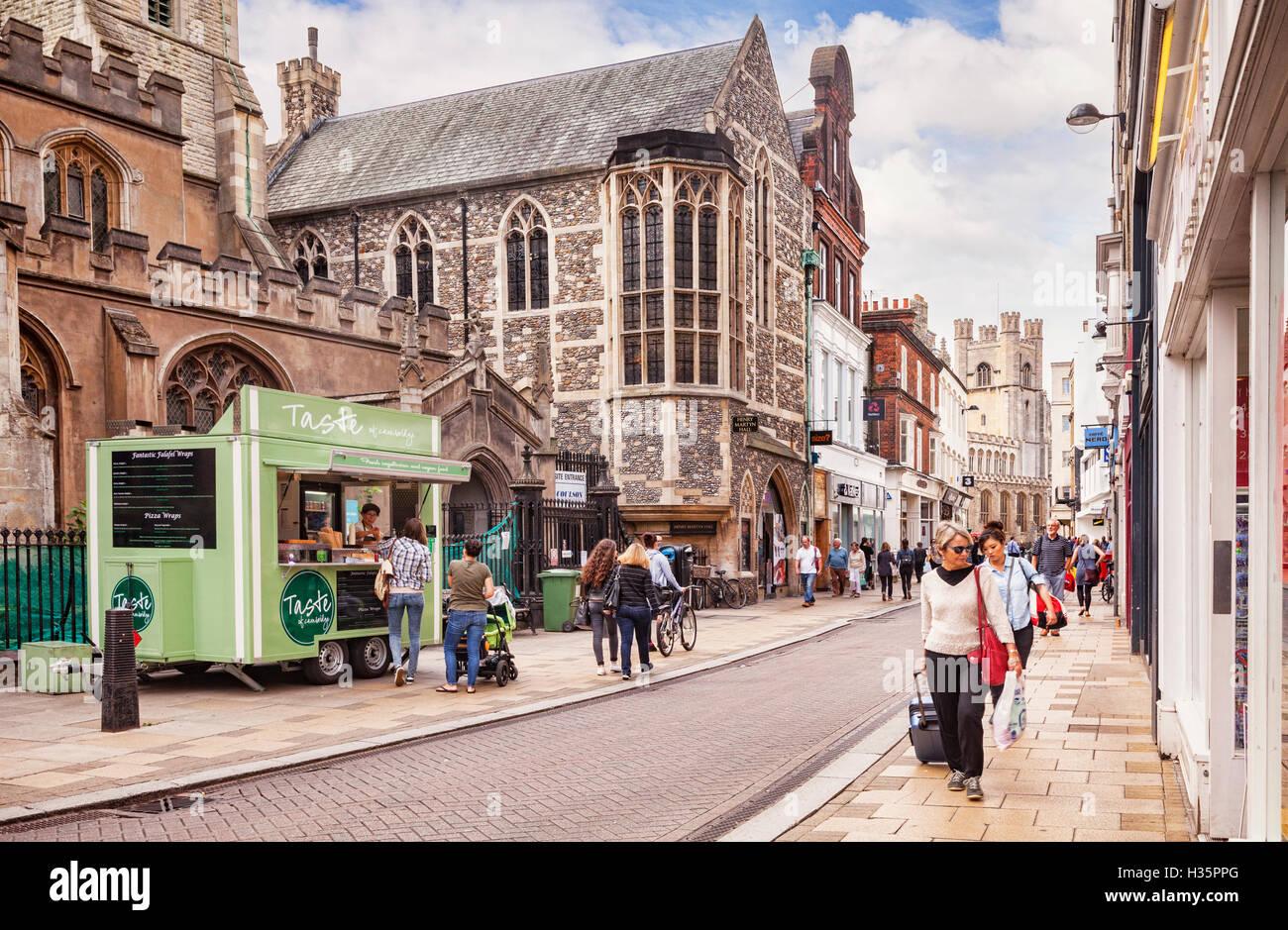 Shopping in Market Street, Cambridge, Cambridgeshire, England, UK - Stock Image