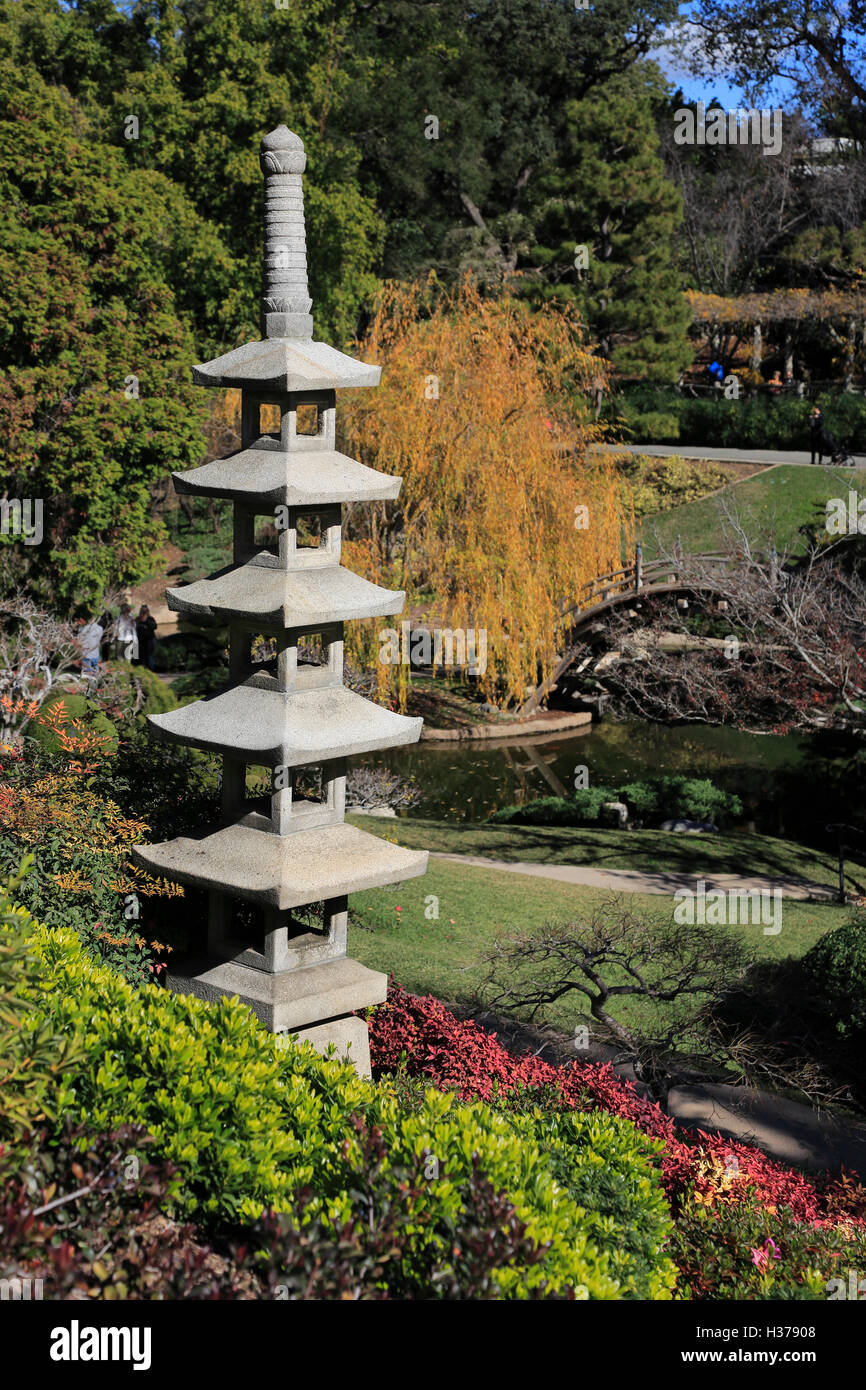Stone pagoda in Japanese Garden in Huntington Library and Botanical ...