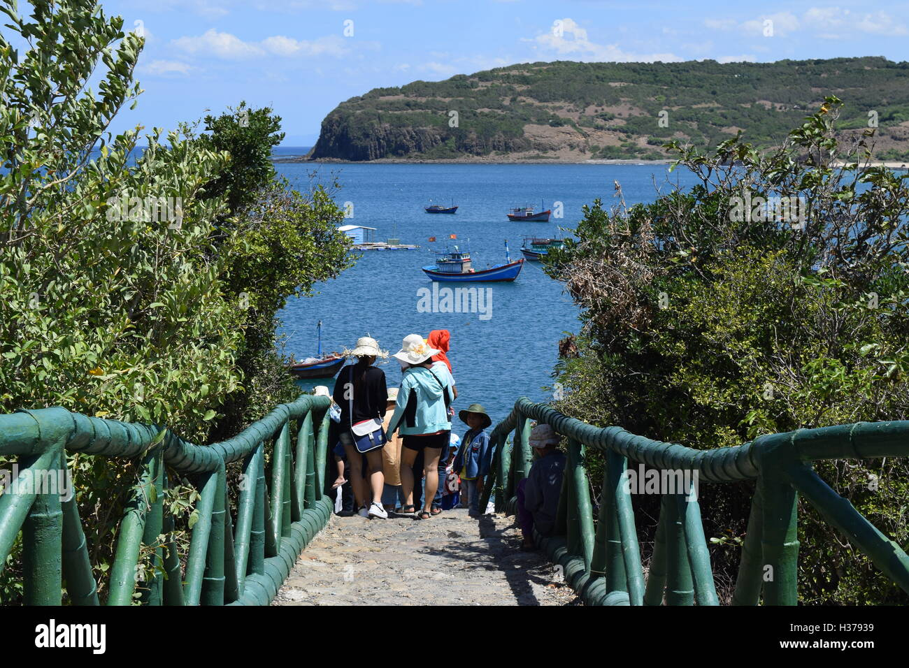 PHU YEN, VIETNAM, August 9th, 2016: tourist on the road to Ganh Da Dia natural heritage sightseeing - Stock Image