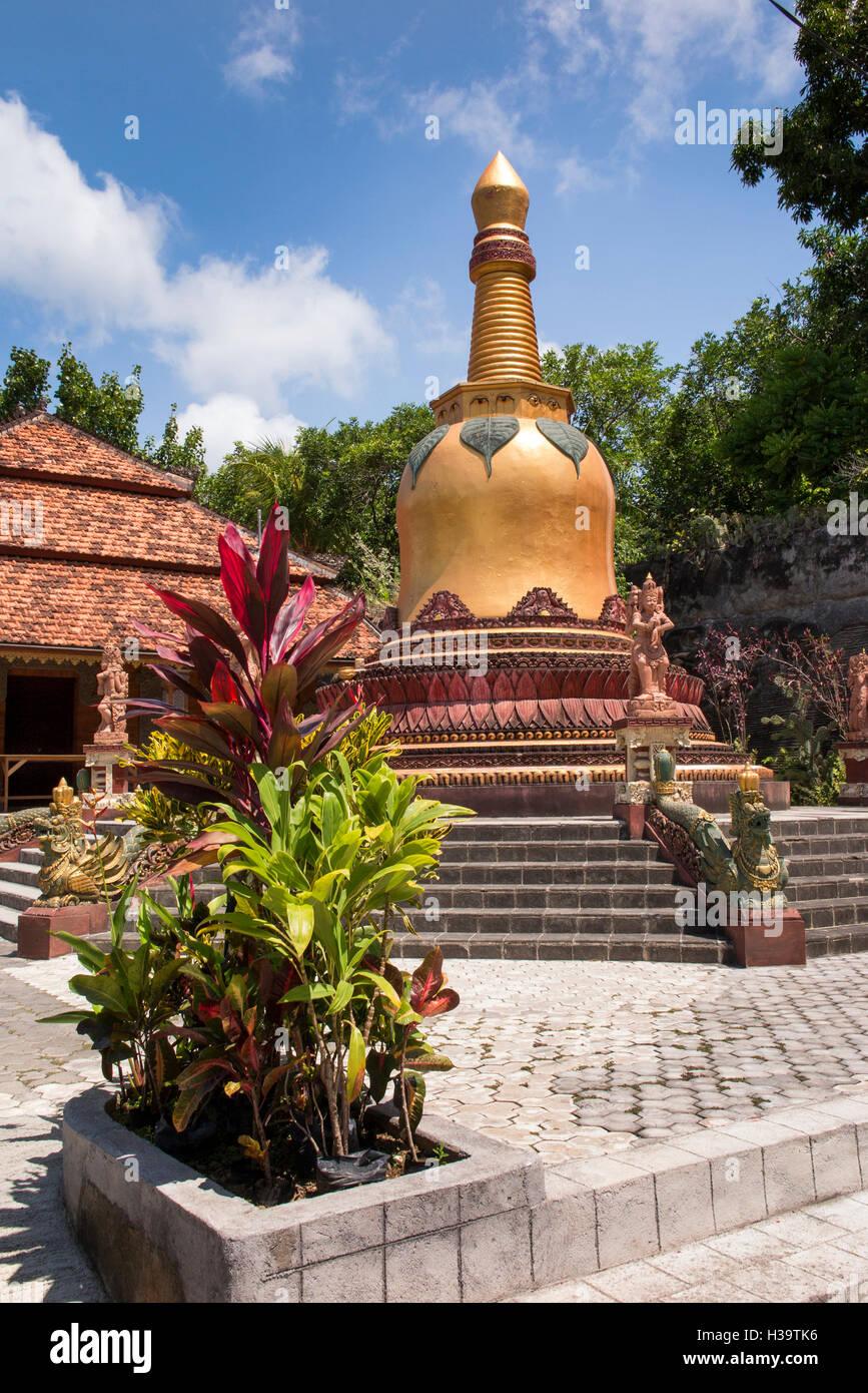 Indonesia, Bali, Banjar, Tegehe village, Brahma Vihara Arama, Buddhist monastery, golden bell shaped pagoda - Stock Image