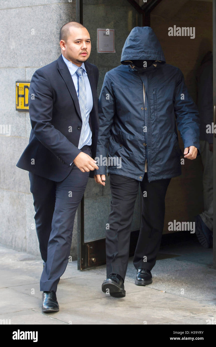 Fake Sheikh Mazher Mahmood (right) leaves the Old Bailey in London, where he and his driver Alan Smith have been - Stock Image