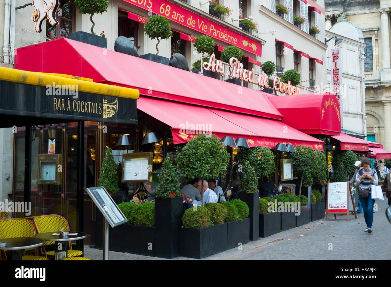 Au Pied de Cochon restaurant, Paris, France - Stock Image
