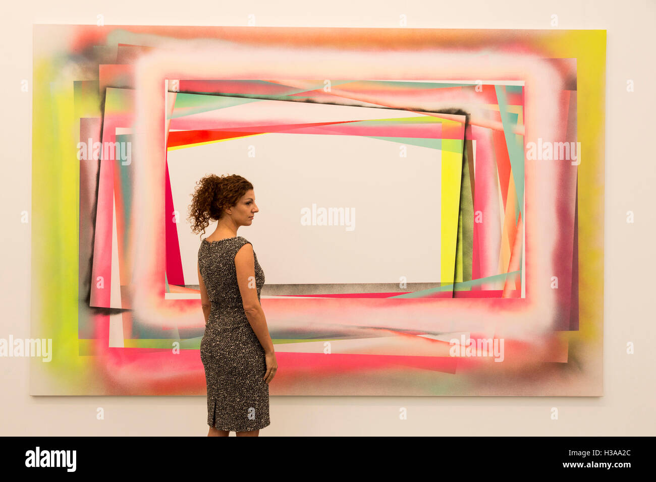 London, UK. 5 October 2016. Artwork by Eddie Peake, Galleria Lorcan O'Neill Roma. Press preview day of the 2016 - Stock Image