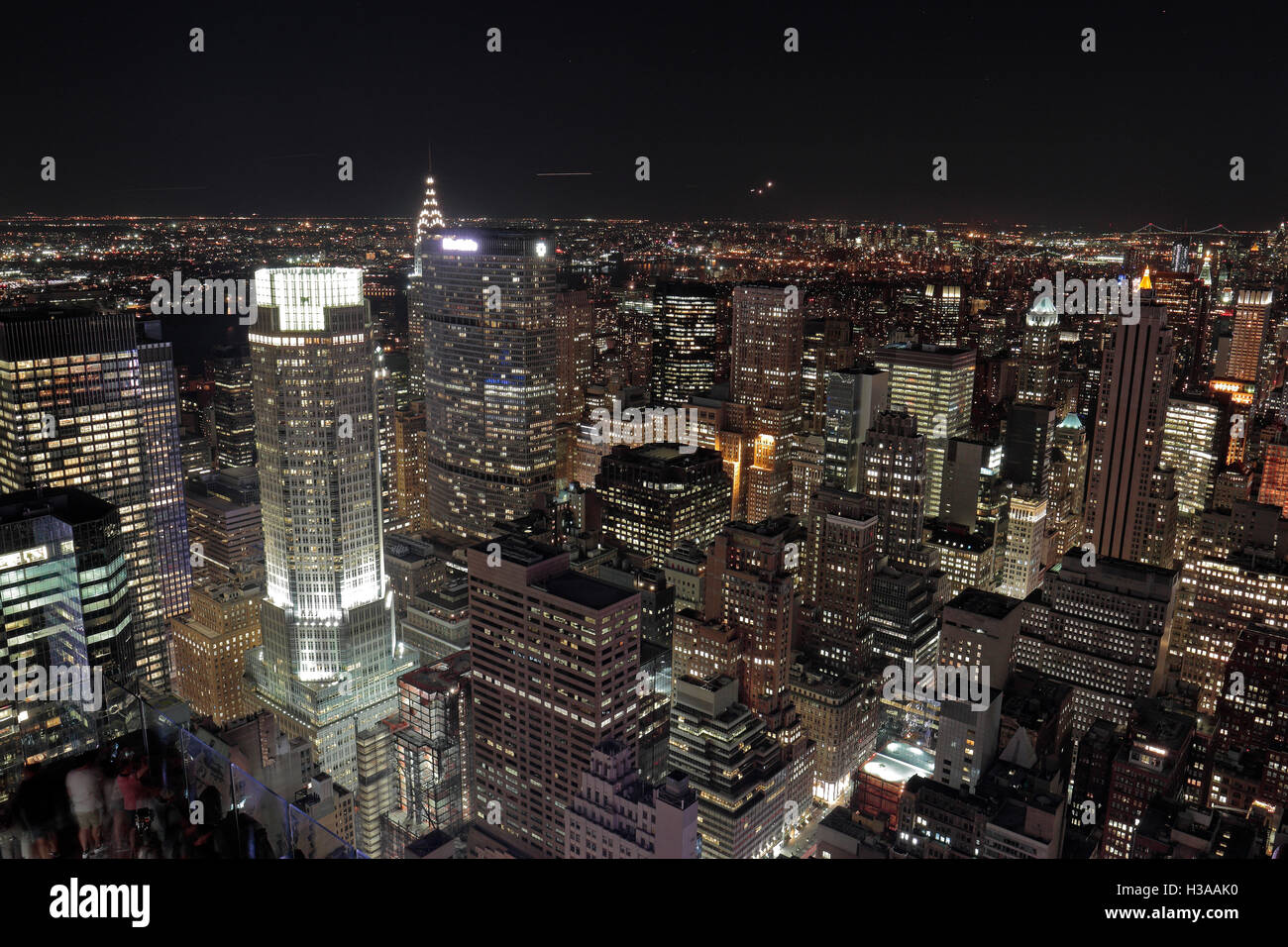 383 Madison Avenue High Resolution Stock Photography And Images Alamy