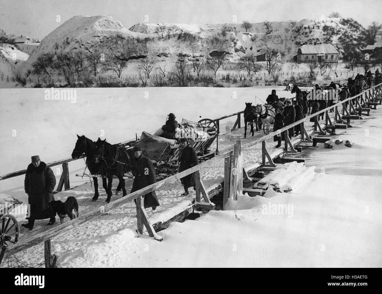 Border crossing of Volhynia German resettlers across the Bug, 1940 - Stock Image
