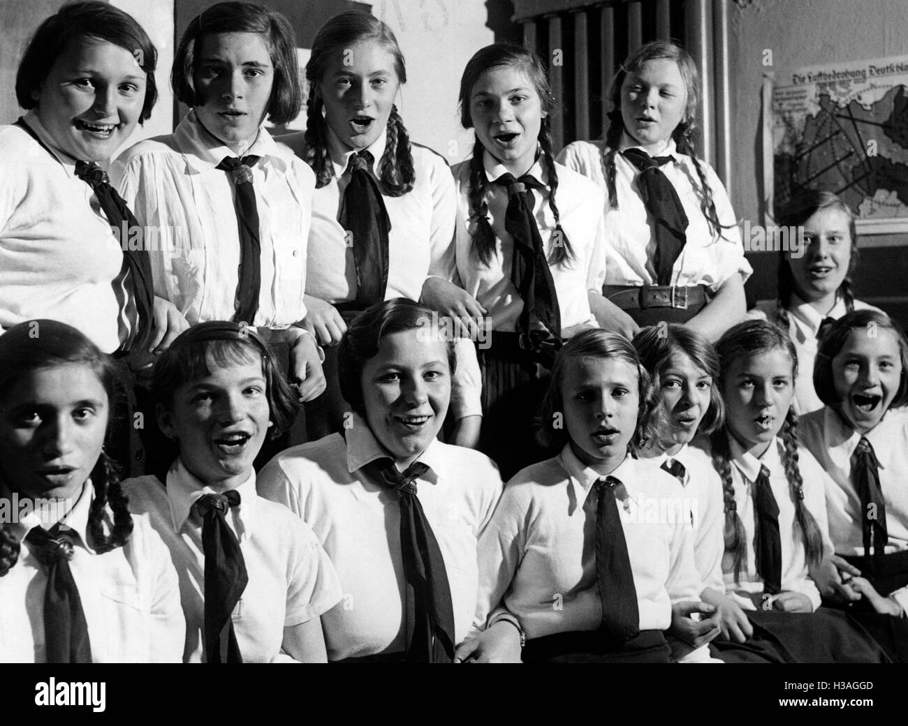 Social evening of BDM members, 1933 - Stock Image