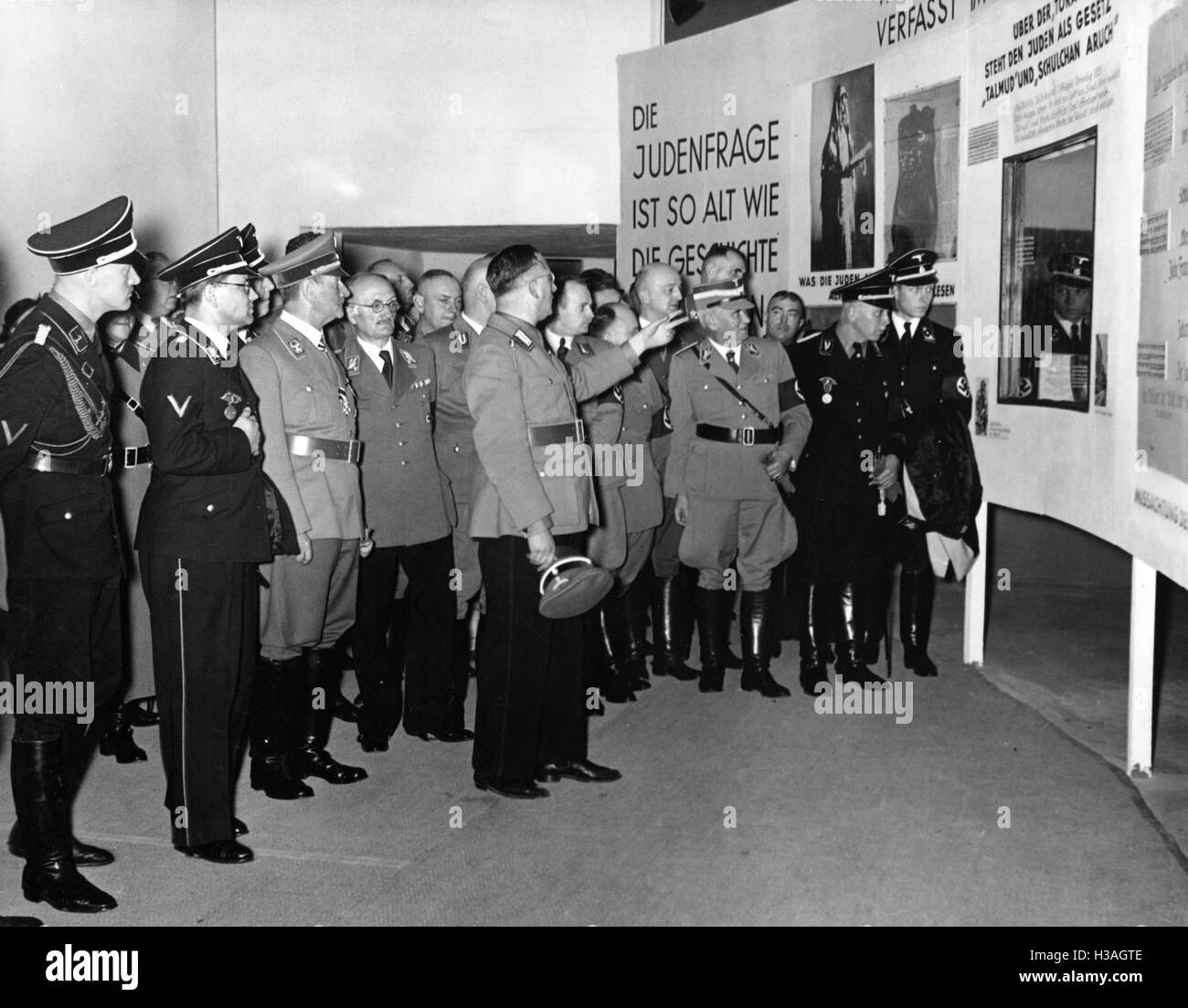 """""""Opening of the exhibition """"""""The Eternal Jew"""""""", 1937"""" Stock Photo"""