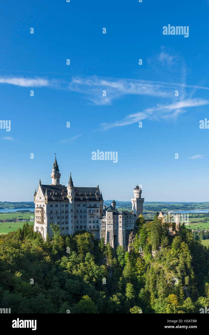 Neuschwanstein Castle (Schloss Neuschwanstein), the fairytale palace built by King Ludwig II of Bavaria, Hohenschwangau, - Stock Image