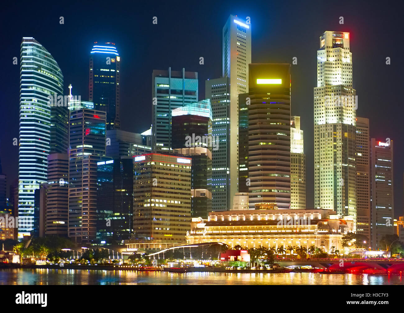 Singapore Cowntown Core in neon lights - Stock Image