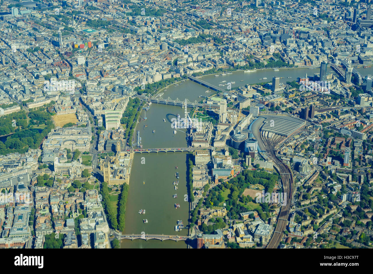 Aerial view of St James's Park, Westminster, Lambeth, Waterloo, Covent Garden, Holborn, Temple of London, United - Stock Image