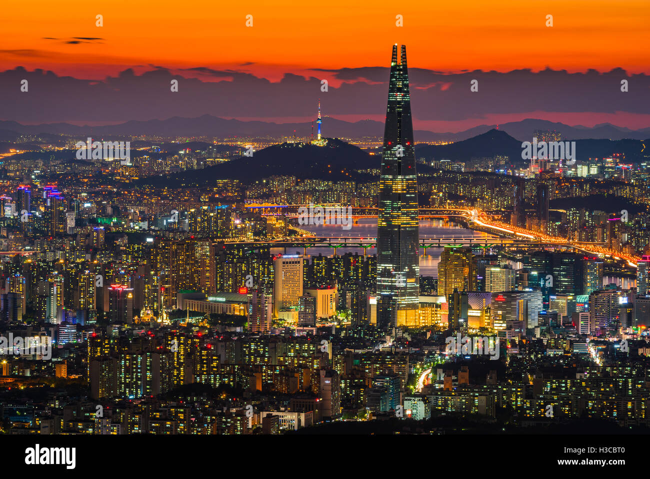 Seoul City Skyline, downtown view of South Korea. - Stock Image