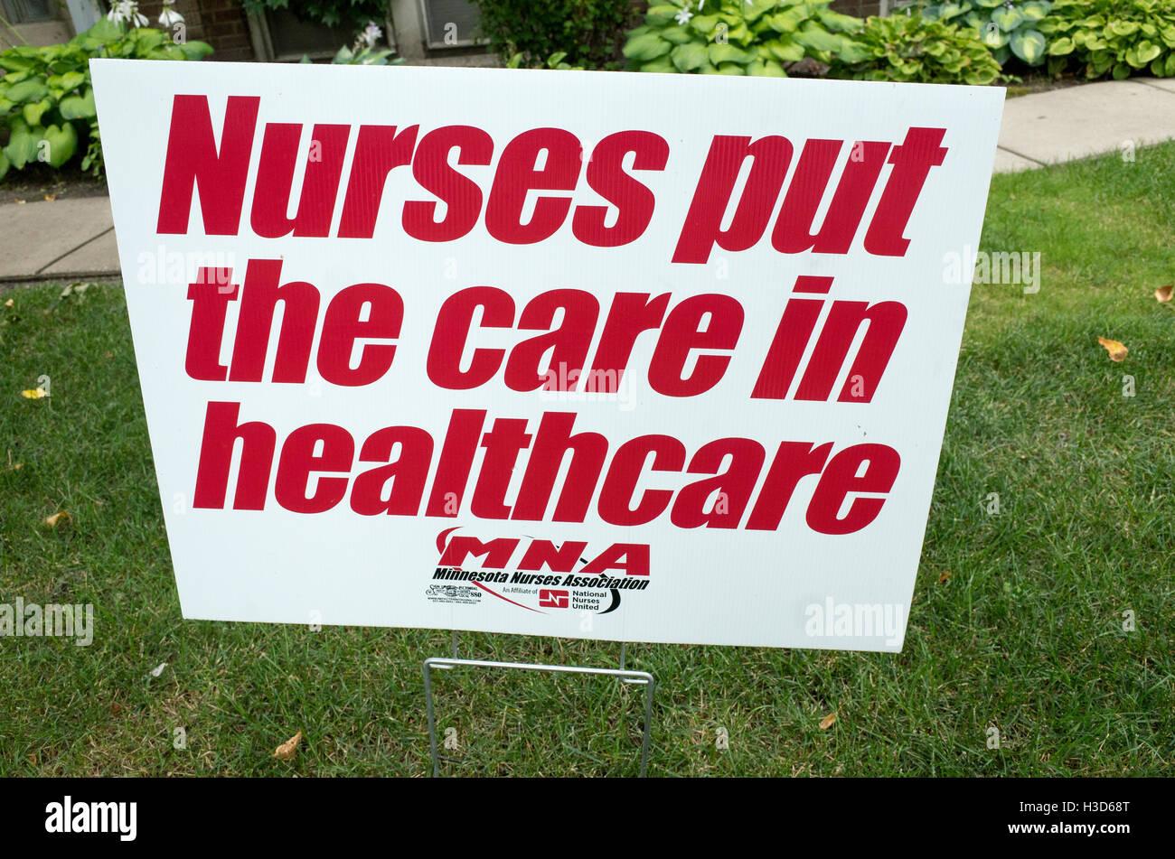 MNA Minnesota Nurses Association lawn sign protesting Allina Health healthcare offer to nurses. St Paul Minnesota - Stock Image