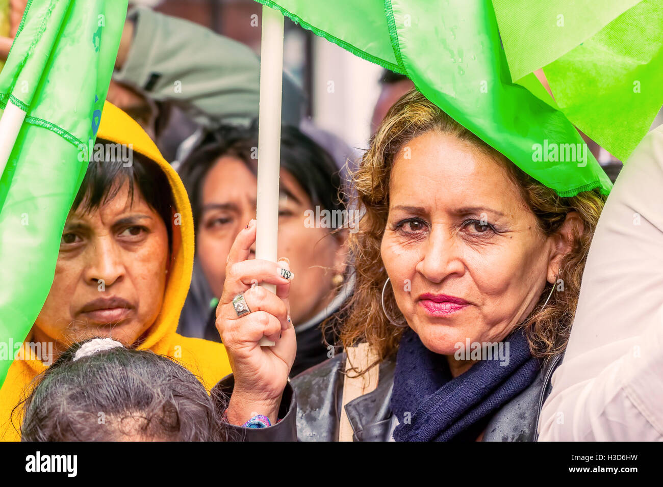 Banos De Agua Santa, Ecuador - 23 June, 2016: Crowd Gathered In The Center Of Banos De Agua Santa For The Ecuadorian - Stock Image