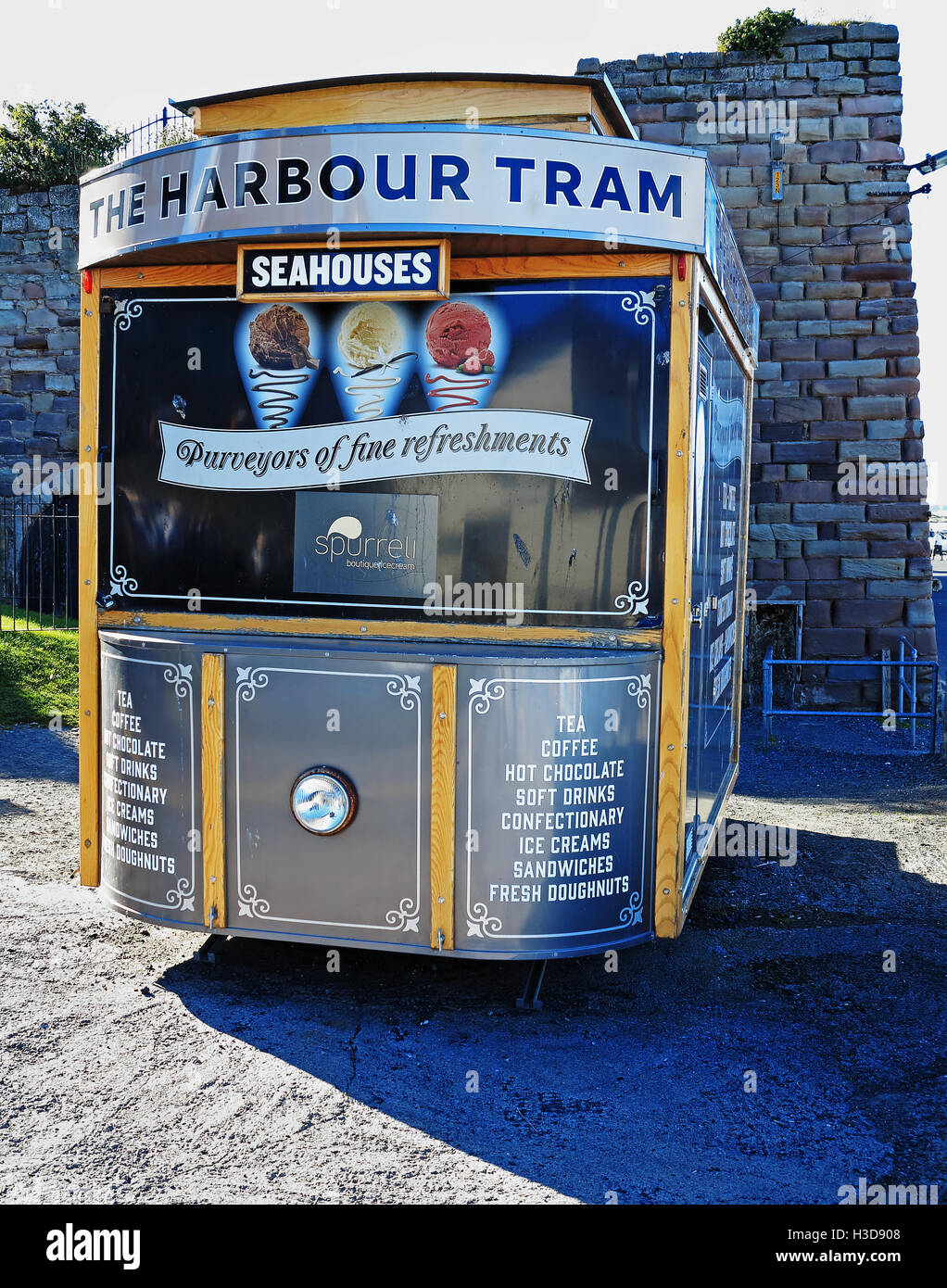 The harbour tram, parked at Seahouses - Stock Image