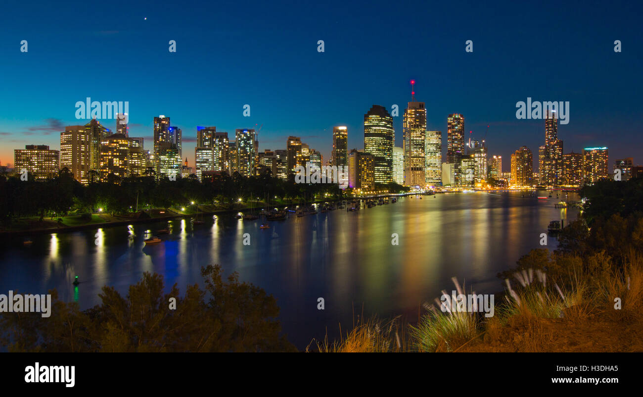 The city skyline of Brisbane, Australia at sunset taken at Kangaroo Point, Apr. 2015. - Stock Image