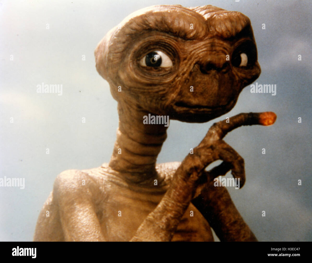 E.T. the EXTRA-TERRESTRIAL 1982 Universal Pictures film - Stock Image
