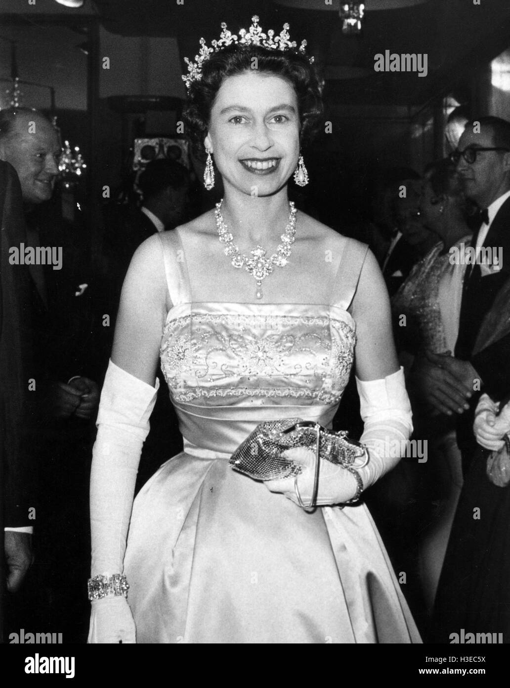 QUEEN ELIZABETH II at a film premiere about 1955 - Stock Image