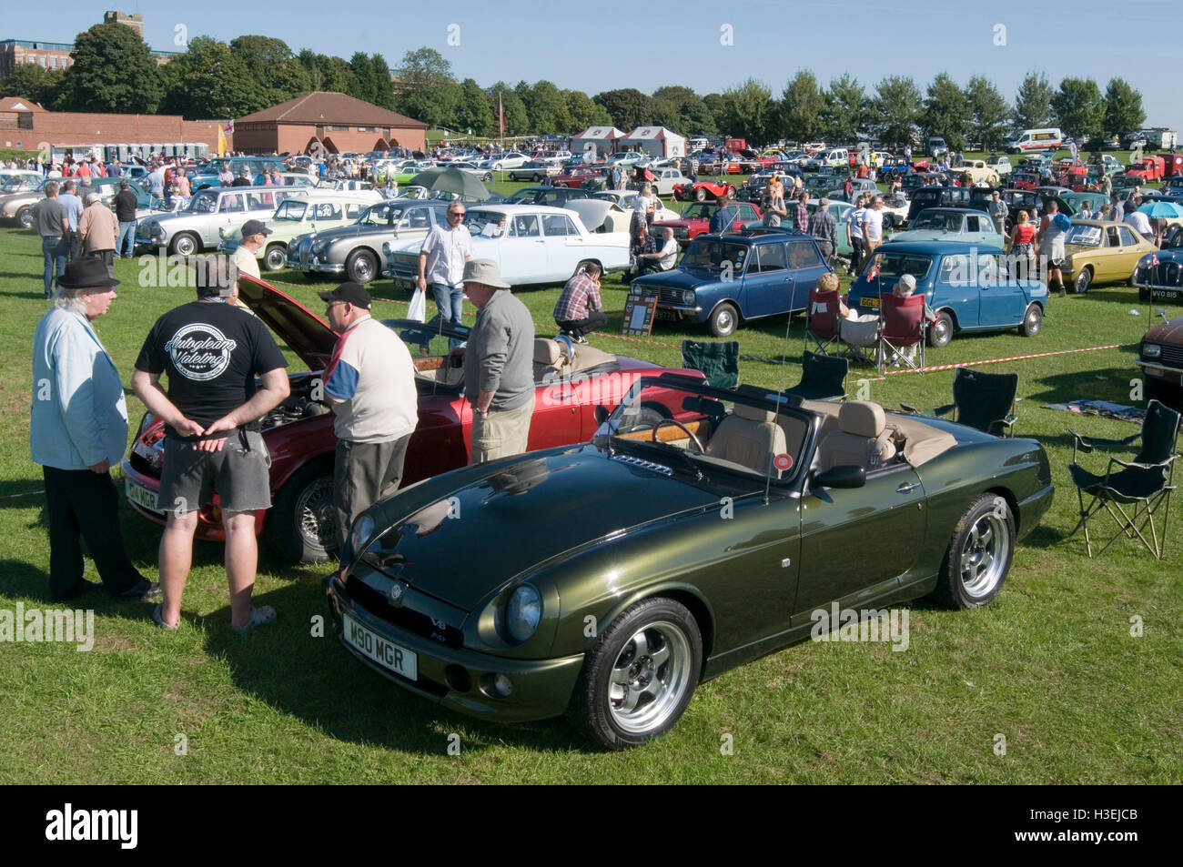 MG RV8 sports cars at classic car show - Stock Image