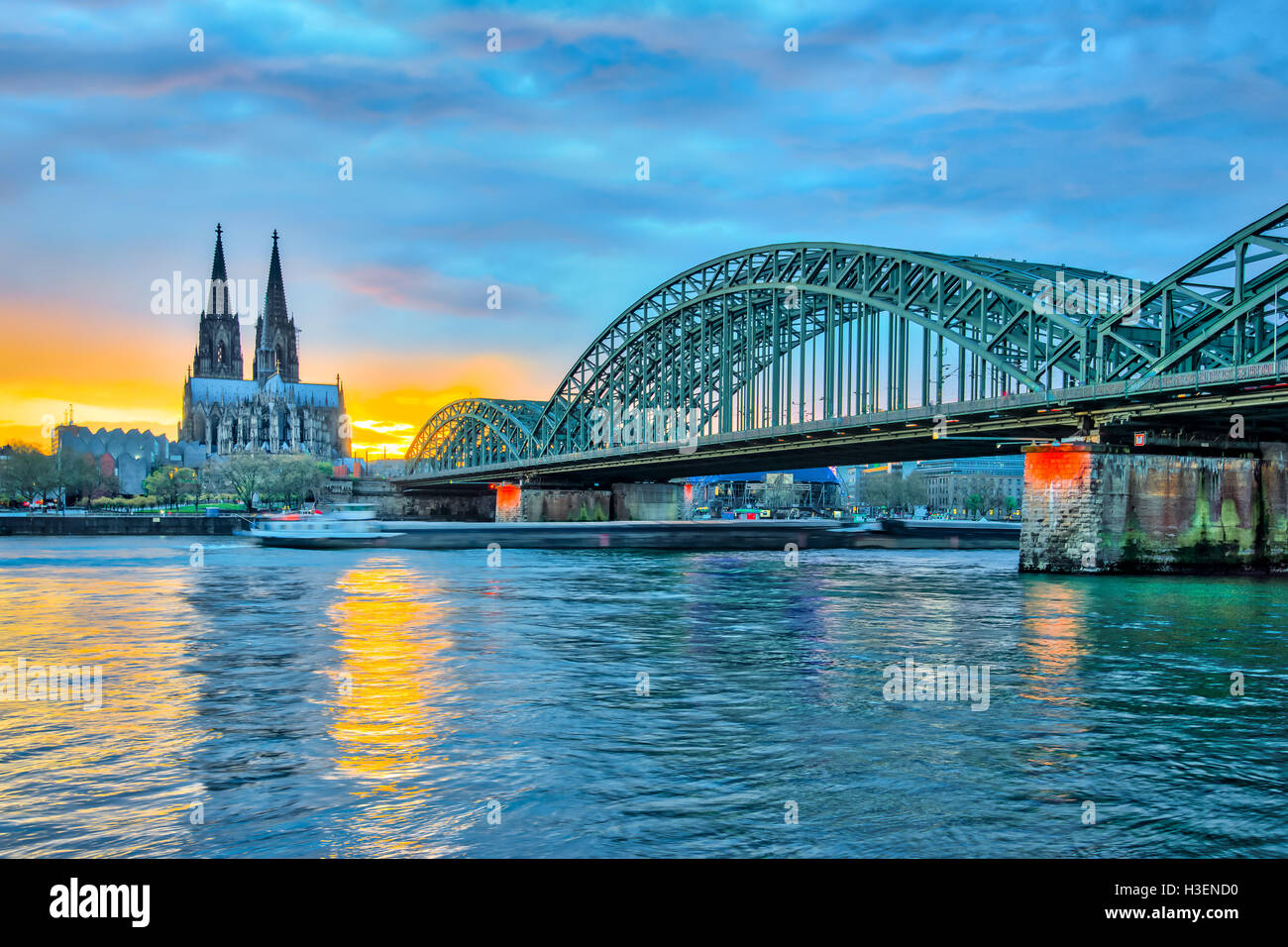 Sunset view of Cologne Cathedral in Cologne, Germany. - Stock Image