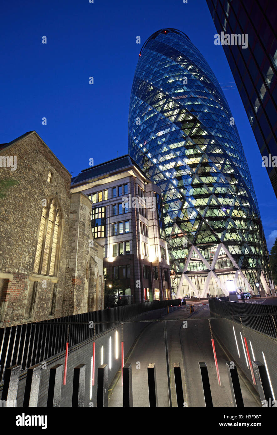 30 St Mary Axe,Gherkin,Swiss Re Building,City Of London,England at Dusk - Stock Image