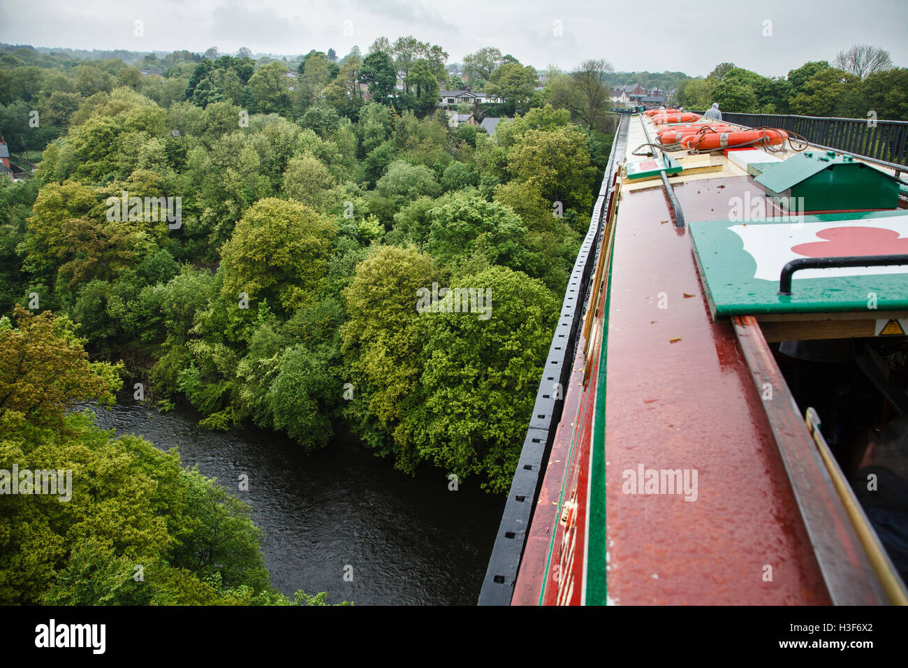 View from narrowboat going across the Pontcysyllte Aqueduct, Denbighshire, Wales - Stock Image