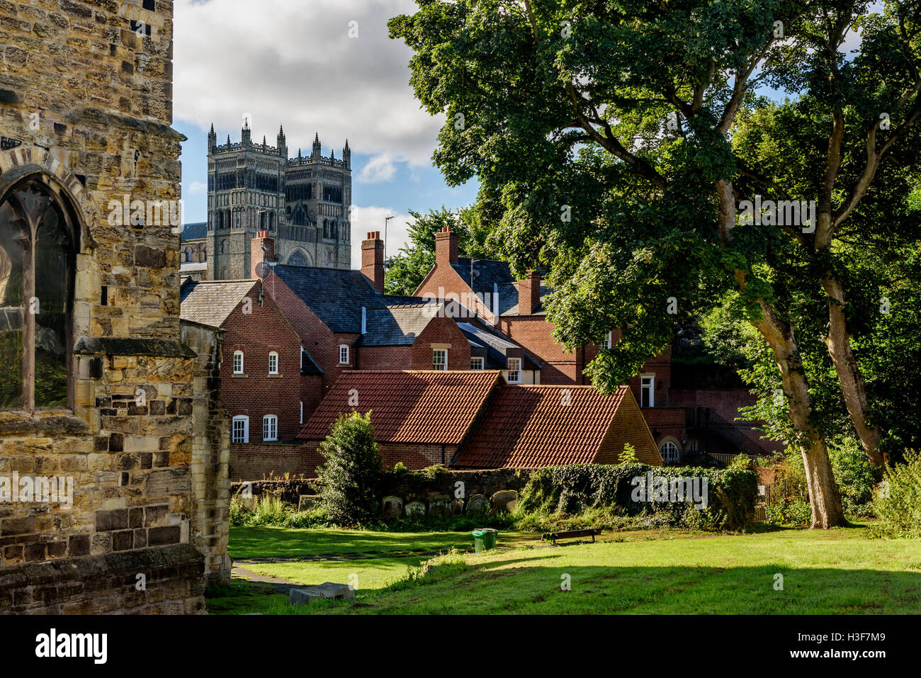 Durham is a historic city and the county town of County Durham in North East England. - Stock Image