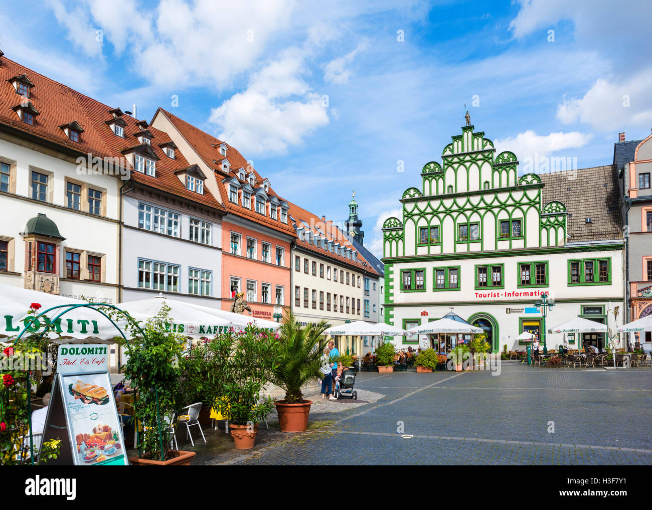 The Market Square (Markt) in the old town, Weimar, Thuringia, Germany - Stock Image