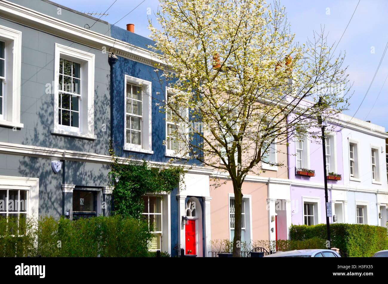 Colourful houses on Portobello Road, Notting Hill, London, England - Stock Image