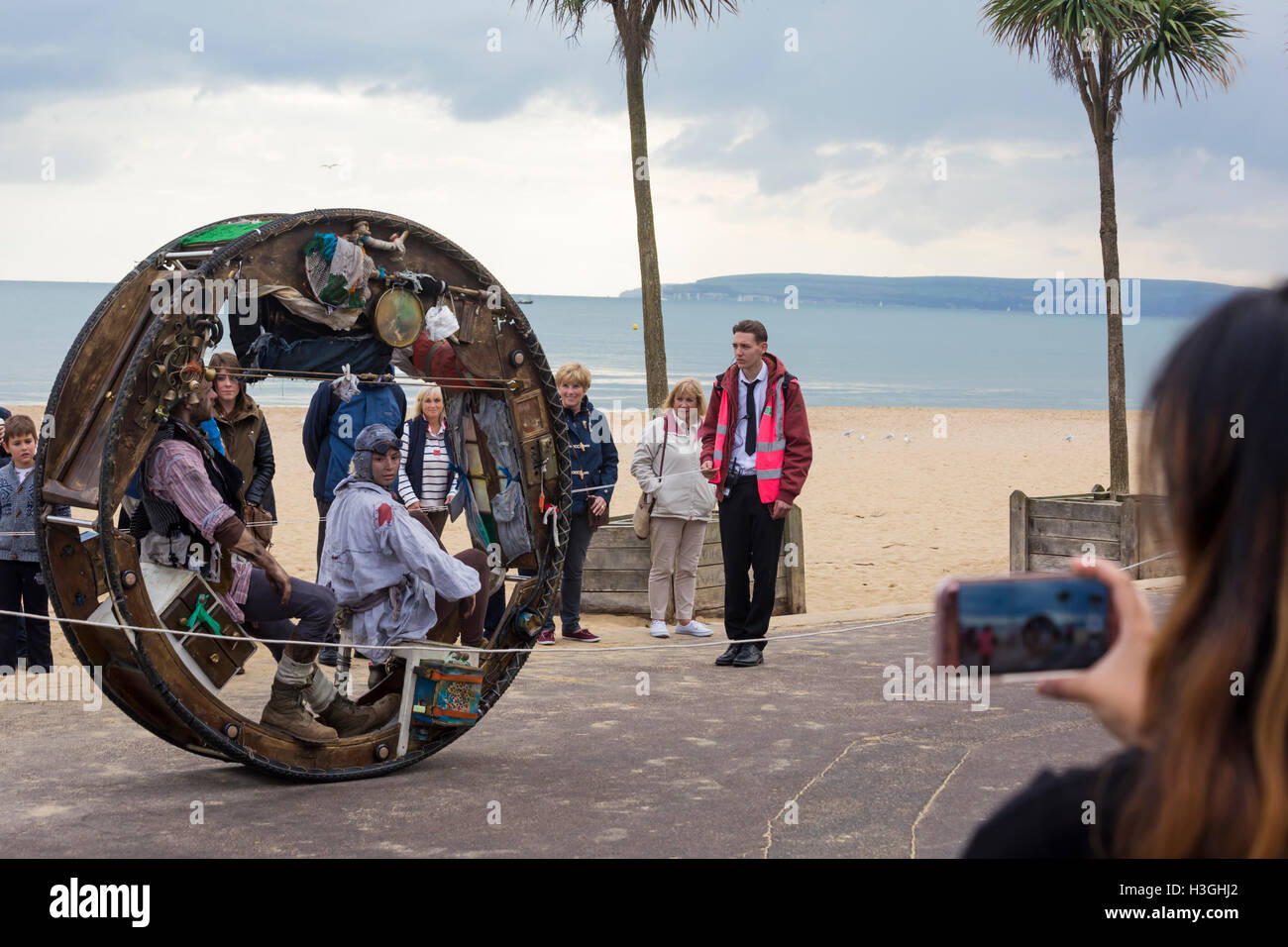 Bournemouth, Dorset, UK. 8th Oct, 2016. Bournemouth Arts by the Sea Festival returns for a sixth year with festival - Stock Image
